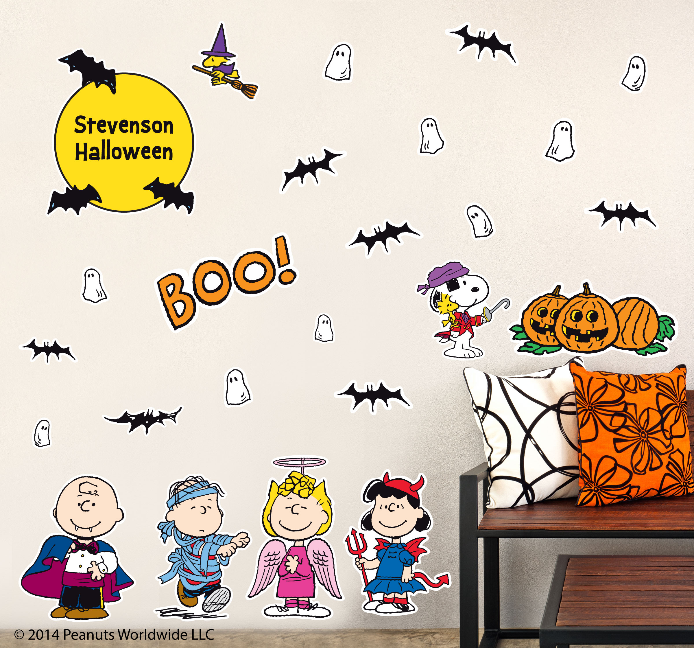 Peanuts Wall Decals Costume_party