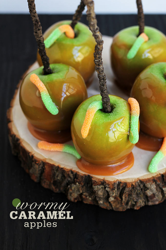 Wormy-Caramel-Apples