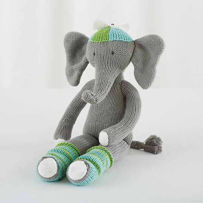 the-knit-crowd-elephant