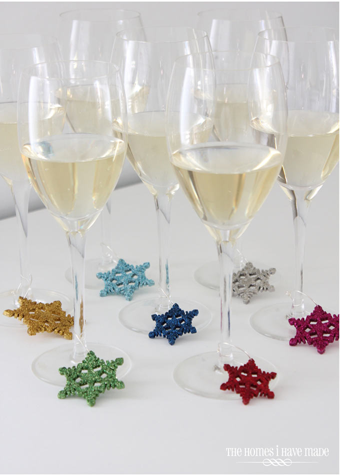 Snowflake-Drink-Charms-003
