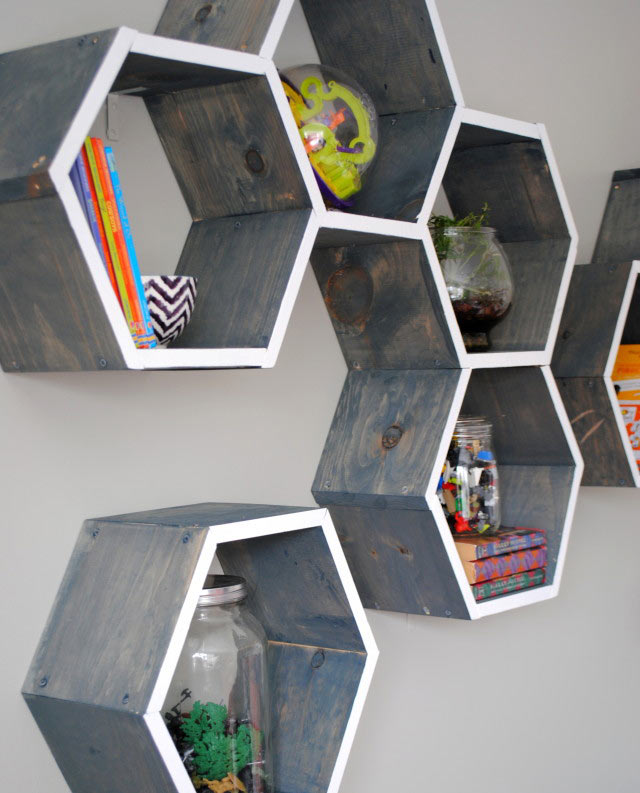 Awesome-Honeycomb-Shelf