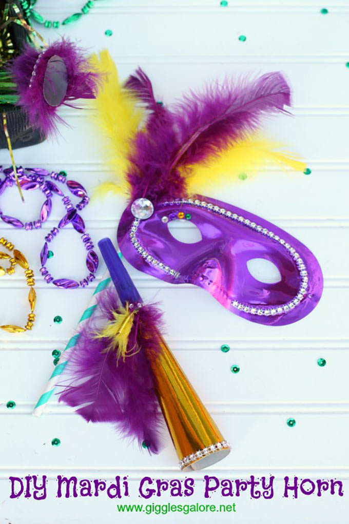 DIY-Mardi-Gras-Party-Horn