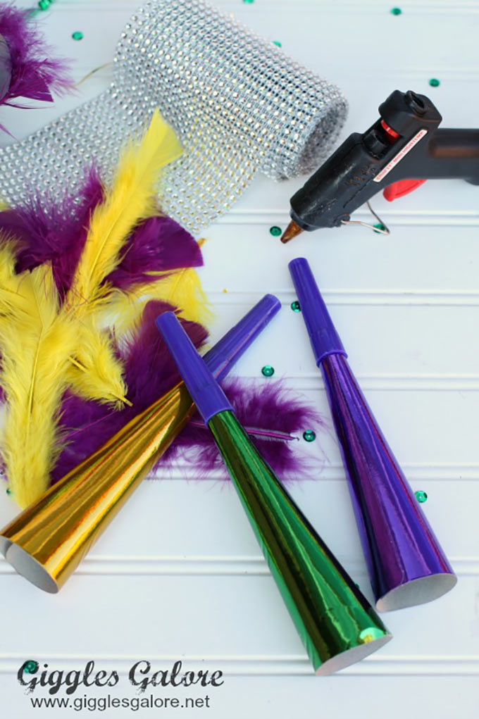 Mardi-Gras-Horn-Supplies-