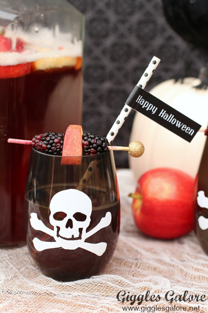 Kid-Friendly-Halloween-Poison-Punch-(2)