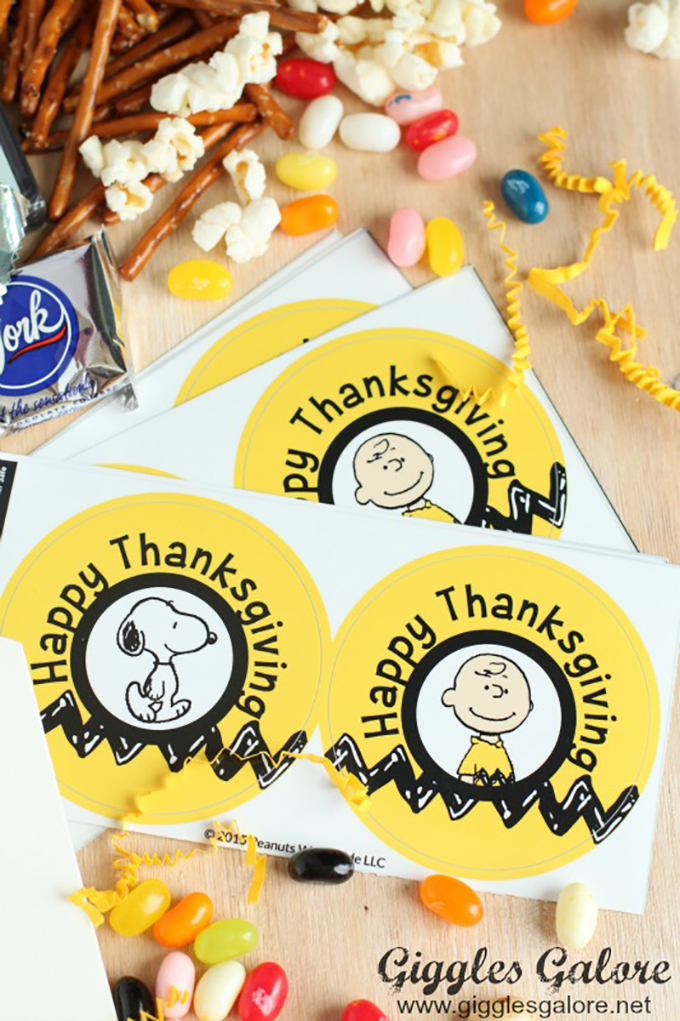 NameBubbles-Charlie-Brown-Thanksgiving-Labels