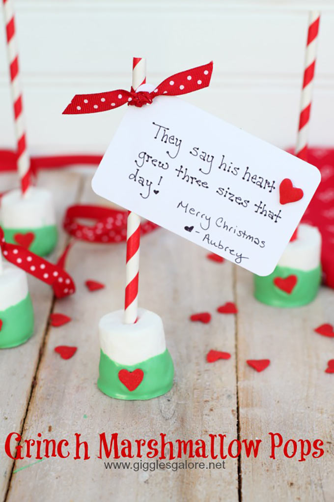 Grinch-Marshmallow-Pops (1)