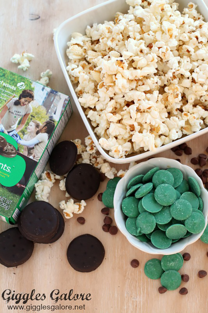 Thin-Mint-Popcorn-Ingredients-
