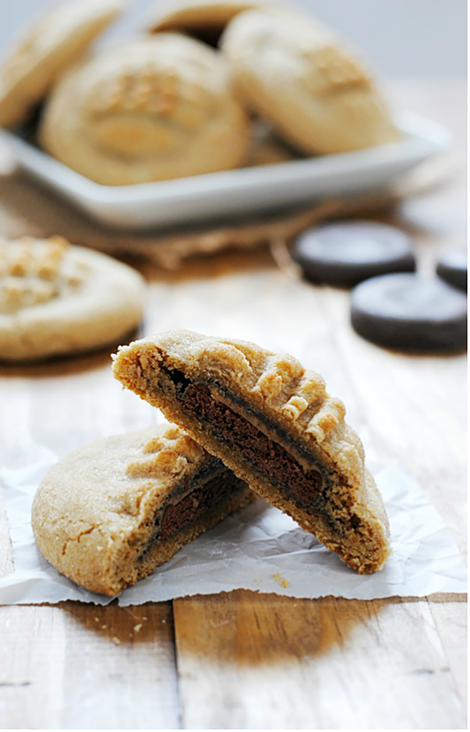 Tagalong-Stuffed-Cookie
